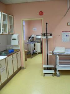 Das größte und modernste Behandlungszimmer der Klinik.